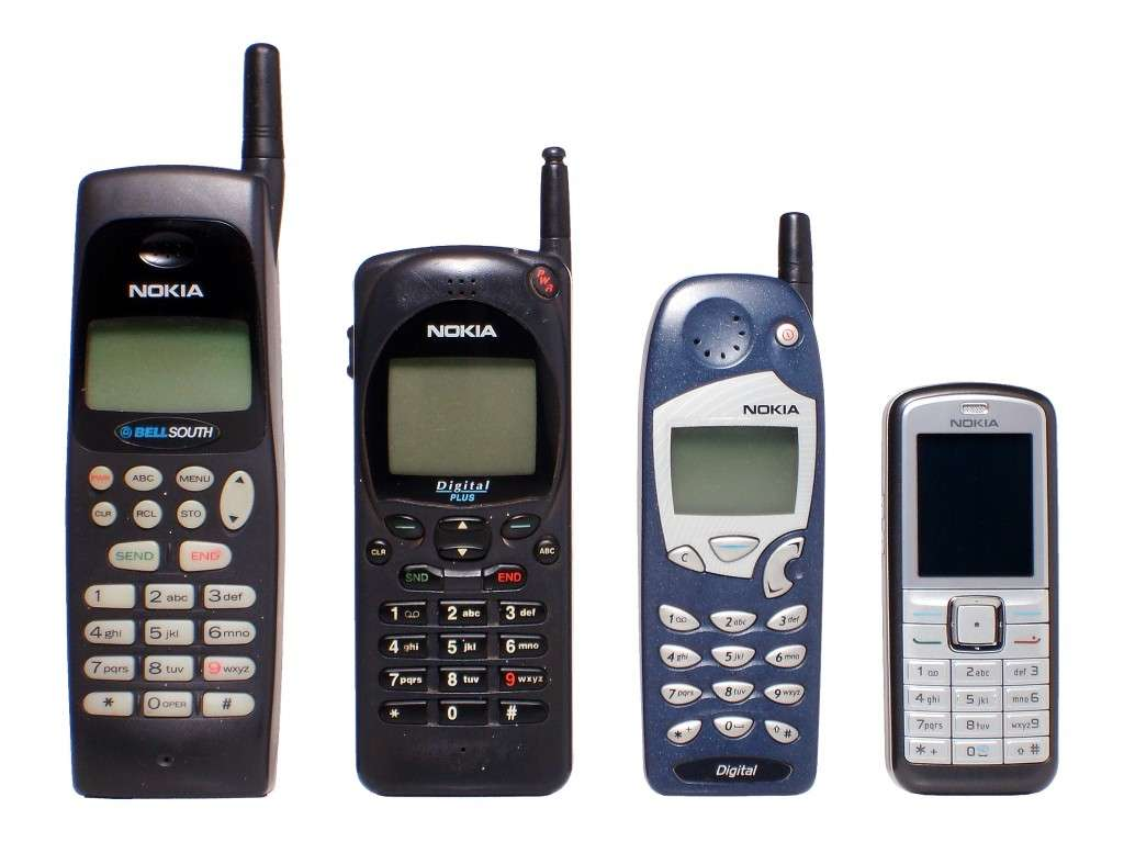 Nokia evolution (By Jorge Barrios (Own work) [Public domain], via Wikimedia Commons)