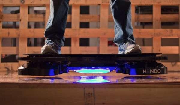 Hendo hoverboard (photo credit: Hendo)