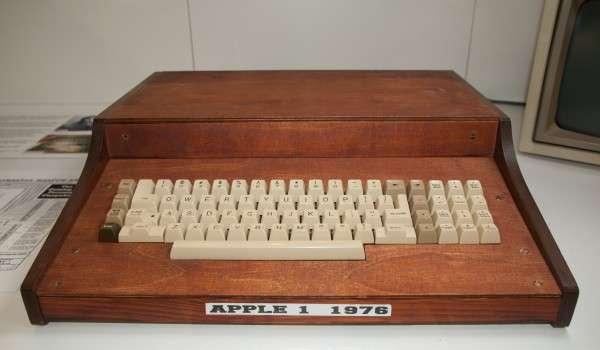 Apple1 example